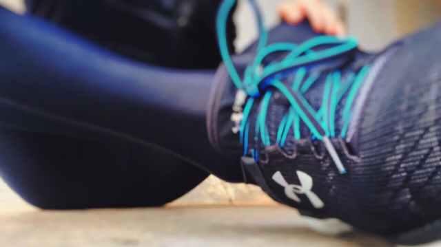 action athlete blur close up