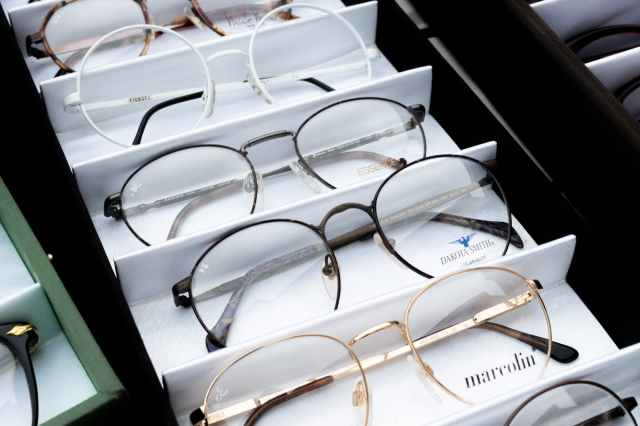 different choices of eyeglasses